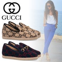 GUCCI Round Toe Casual Style Blended Fabrics Loafer Pumps & Mules