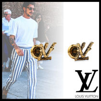 Louis Vuitton Street Style Watches & Jewelry