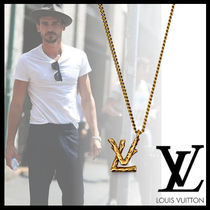 Louis Vuitton Street Style Chain Necklaces & Chokers