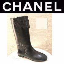 CHANEL ICON Wedge Plain Toe Street Style Plain Leather Handmade