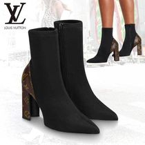 Louis Vuitton Monogram Leather Chunky Heels Ankle & Booties Boots
