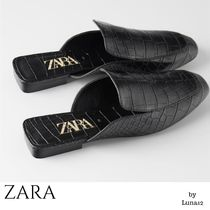 ZARA Square Toe Casual Style Other Animal Patterns Sandals