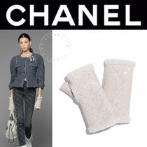 CHANEL MATELASSE Blended Fabrics Studded Street Style Plain Leather
