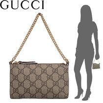 GUCCI GG Supreme Canvas Studded Chain Purses Elegant Style Clutches