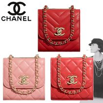 CHANEL Lambskin 2WAY Chain Plain Party Style Clutches
