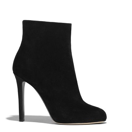 CHANEL Ankle & Booties Round Toe Suede Blended Fabrics Pin Heels Elegant Style 2