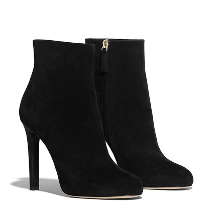 CHANEL Ankle & Booties Round Toe Suede Blended Fabrics Pin Heels Elegant Style 4