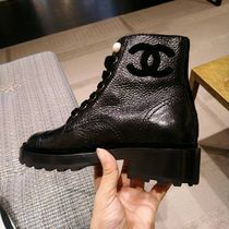 CHANEL ICON Plain Leather Mid Heel Boots