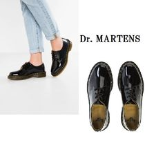 Dr Martens Platform Round Toe Lace-up Casual Style Unisex Lace-Up Shoes