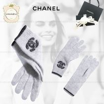 CHANEL Blended Fabrics Gloves Gloves