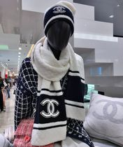 CHANEL [CHANEL]COCO NEIGE COLLECTION Cashmie STOLE  AA1072