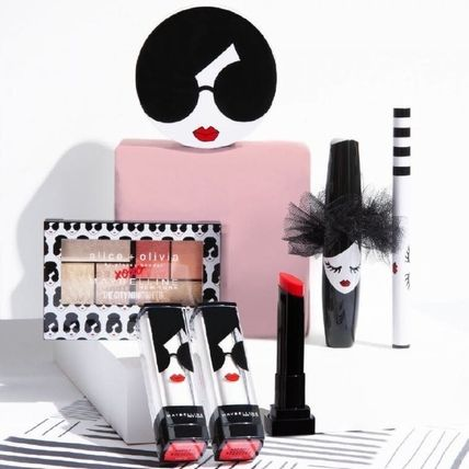 Alice+Olivia Collaboration Face