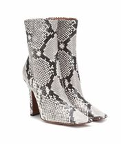 VETEMENTS Casual Style Leather Pin Heels Python Logo