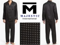 Majestic Dots Silk Lounge & Sleepwear