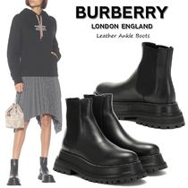 Burberry Round Toe Street Style Plain Leather Chelsea Boots
