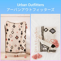 Urban Outfitters Blended Fabrics Tassel Art Patterns Throws