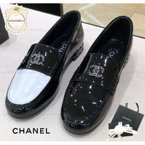 CHANEL Casual Style Enamel Loafer Pumps & Mules