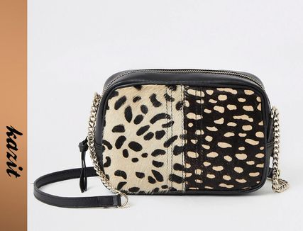 Casual Style Other Animal Patterns Leather Shoulder Bags