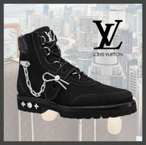Louis Vuitton Suede Chain Plain Chukkas Boots