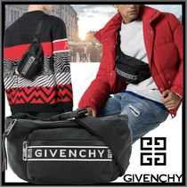 GIVENCHY Street Style Messenger & Shoulder Bags