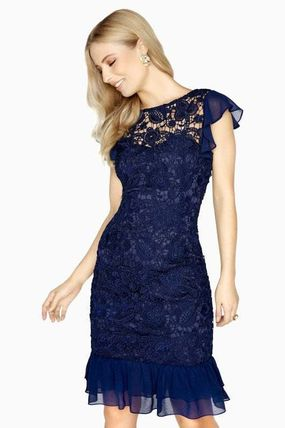 Tight Medium Lace Dresses