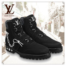 Louis Vuitton Plain Toe Unisex Suede Chain Plain Leather Engineer Boots