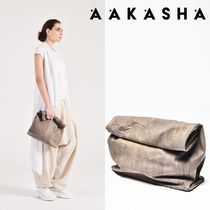 Aakasha Gingham Casual Style Plain Leather Handmade Clutches