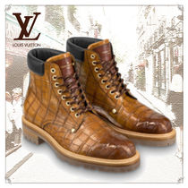 Louis Vuitton Plain Toe Unisex Other Animal Patterns Leather
