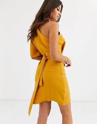 Tight Plain Medium Party Style Dresses