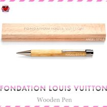 Fondation Louis Vuitton Collaboration Stationary