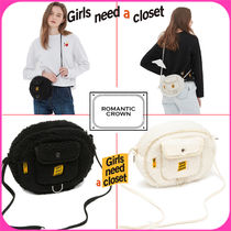 ROMANTIC CROWN Casual Style Shoulder Bags