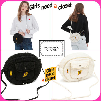 Casual Style Shoulder Bags