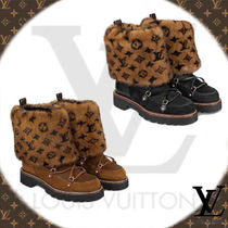 Louis Vuitton Monogram Casual Style Fur Leather Ankle & Booties Boots