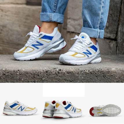 classic styles look out for best supplier New Balance 990 Low-Top Sneakers (W990NR5)