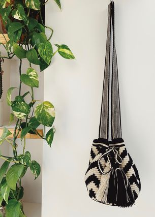 Casual Style Unisex Handmade Shoulder Bags