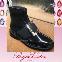 Roger Vivier Round Toe Rubber Sole Casual Style Plain Leather