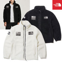 THE NORTH FACE Unisex Plain Jackets