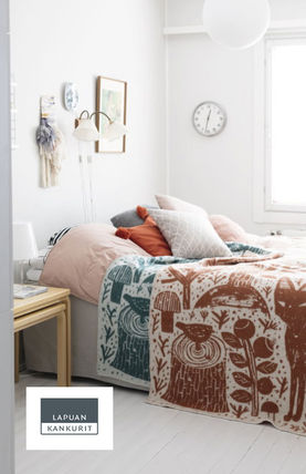 Scandinavian Style Throws