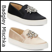 Badgley Mischka Round Toe Casual Style Plain With Jewels Low-Top Sneakers