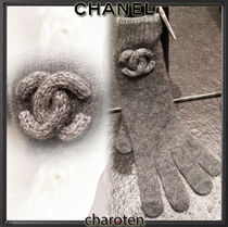 CHANEL ICON Plain Gloves Gloves