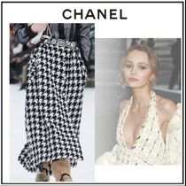 CHANEL Flared Skirts Zigzag Tweed Bi-color Long Elegant Style