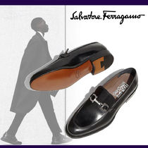 Salvatore Ferragamo Moccasin Loafers Plain Leather Loafers & Slip-ons