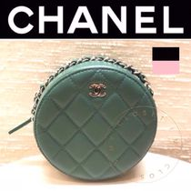 CHANEL MATELASSE Casual Style Street Style Chain Plain Leather Handmade