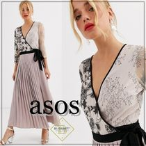 ASOS Wrap Dresses Flower Patterns Flared V-Neck Cropped Plain