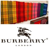 Burberry Gingham Unisex Cashmere Heavy Scarves & Shawls
