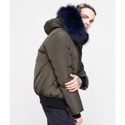 Short Nylon Fur Blended Fabrics Plain Leather Down Jackets