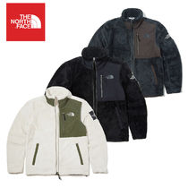 THE NORTH FACE Unisex Outerwear