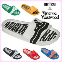 Vivienne Westwood Unisex Bi-color Shower Shoes PVC Clothing Oversized Logo