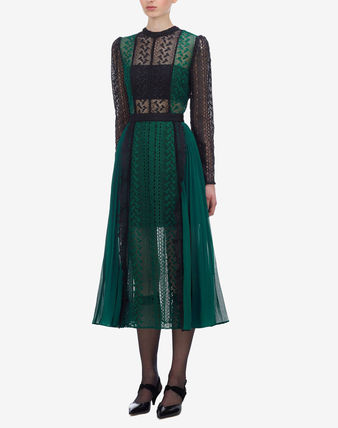 Bi-color Long Sleeves Long Party Style Lace Elegant Style