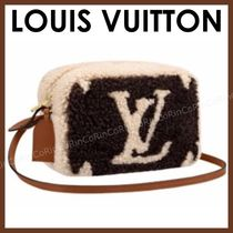 Louis Vuitton Monogram Casual Style Shoulder Bags